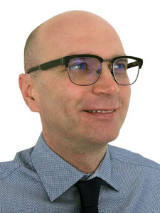 русский переводчик Андрей Шматков